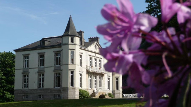 chateau domaine de brezal.jpg