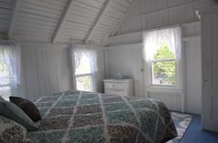 Bedroom 3 (Sand Dollar Room)