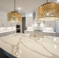 TX Collection - TX Shaker White Paired with Vicostone - Forza Quartz