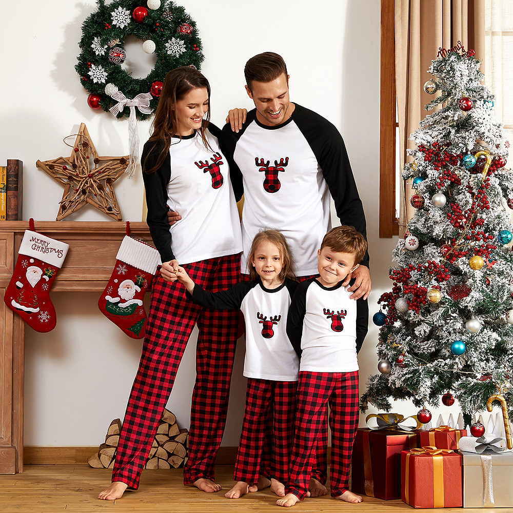 Discount Matching Pajamas Sets