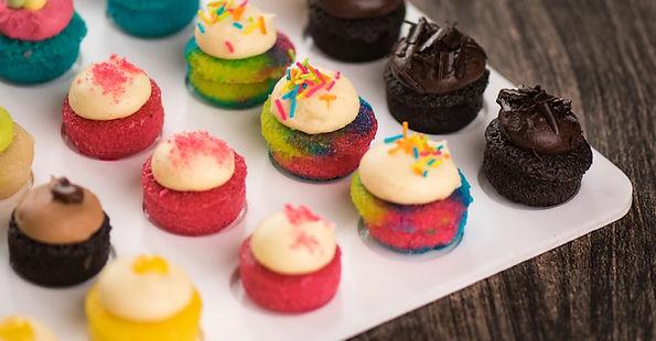 button cupcakes.jpg