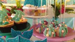 Cake pop e cupcakes