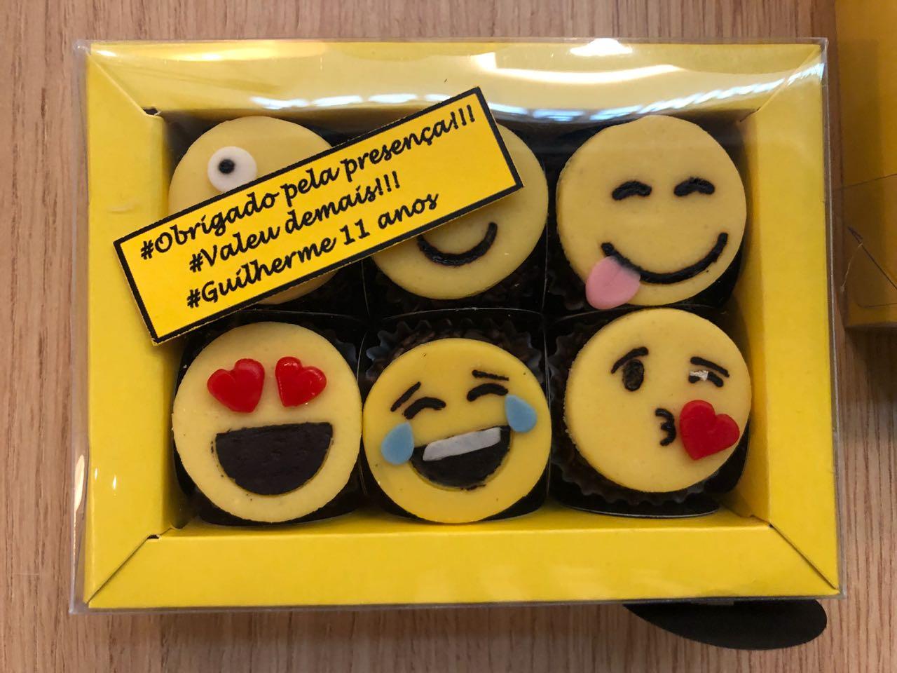 Brigadeiros emojis