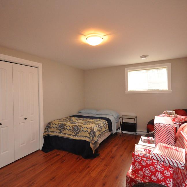 Basement bedroom #2-DSC_0193-min.jpg