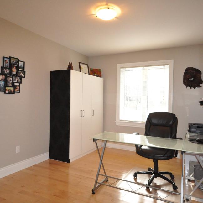 Bedroom #2-DSC_0183-min.jpg