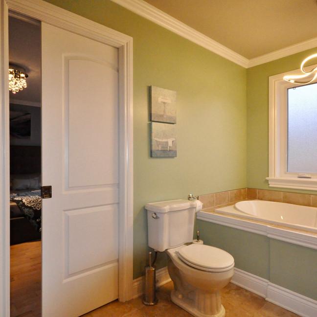 Master Bath #4-DSC_0179-min.jpg