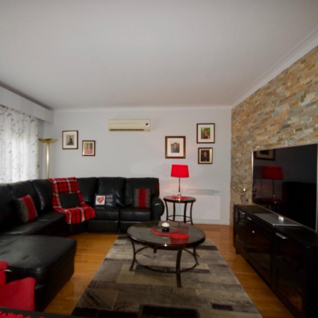 Living Room #3-DSC_2261-min.jpg