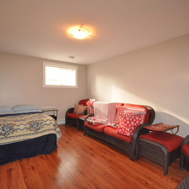 Basement bedroom #2-DSC_0194-min.jpg