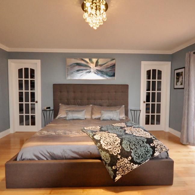 Master Bedroom-DSC_0168-min.jpg