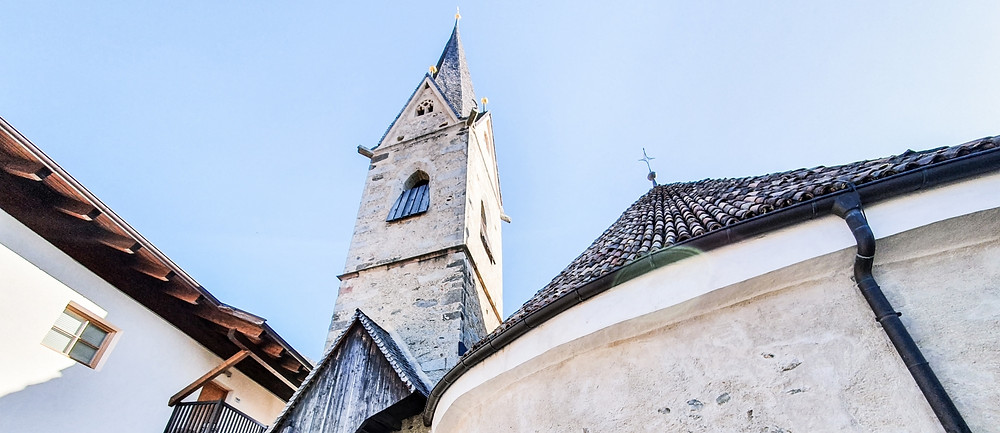 Die romanische Rundkirche von St. Georgen geht zurück auf das 12. Jahrhundert
