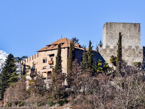 Rundwanderung zur Burg Goyen in Meran