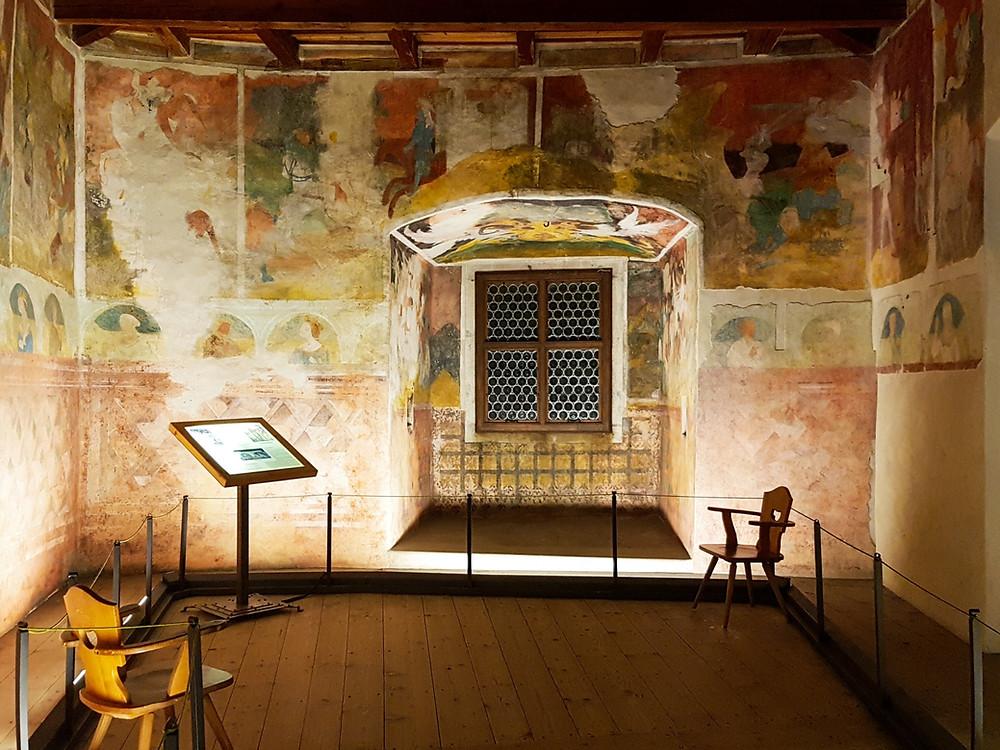 Mittelalterliche Fresken von Schloss Runkelstein
