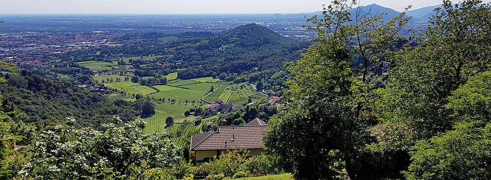 Aussicht über den Parco Colli di Bergamo