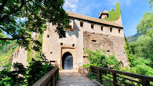 Ein Ausflug nach Schloss Runkelstein: Die Bilderburg von Bozen