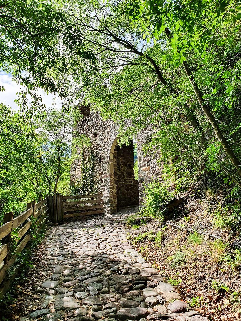 Auf dem Weg zur Burg Schloss Runkelstein
