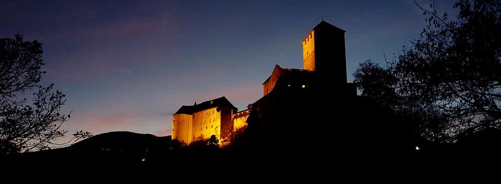 Die märchenhafte Kulisse von Schloss Tirol