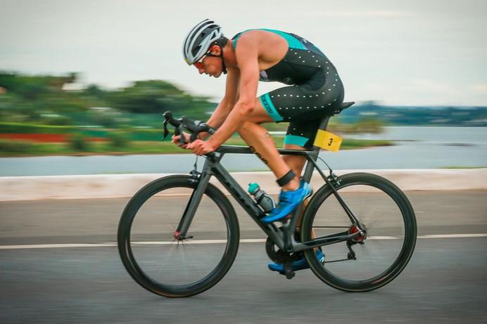 Swift Carbon chega ao Brasil e apresenta sua equipe de Triatlo