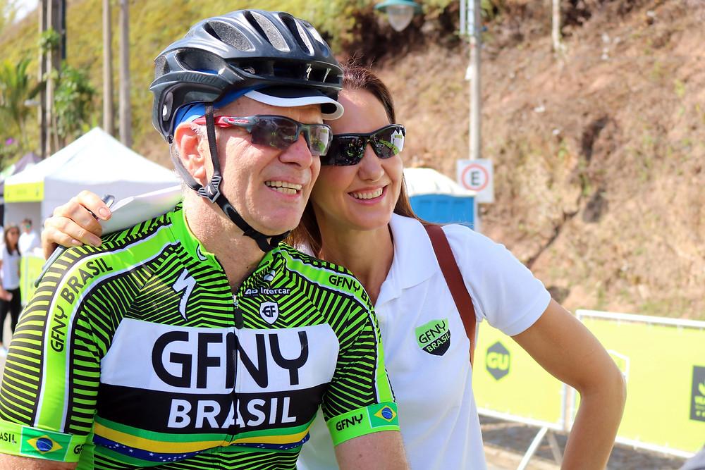 Bernardinho e Fernanda Venturini após a chegada em 2018 / Márcio de Miranda - Planeta da Bike