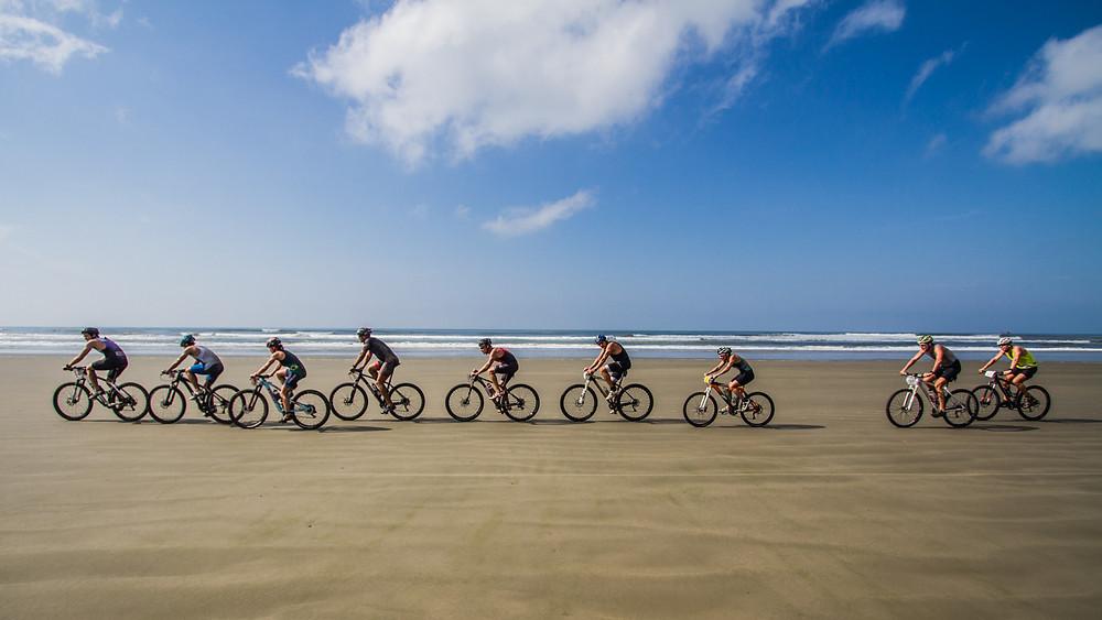 XTERRA praiano rende percursos na areia e sempre são elogiados pelos atletas / Divulgação Xterra