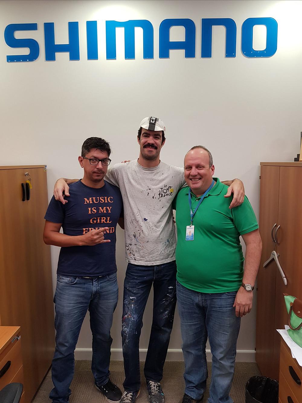 Apolo Torres na sede da Shimano Latin America / Divulgação