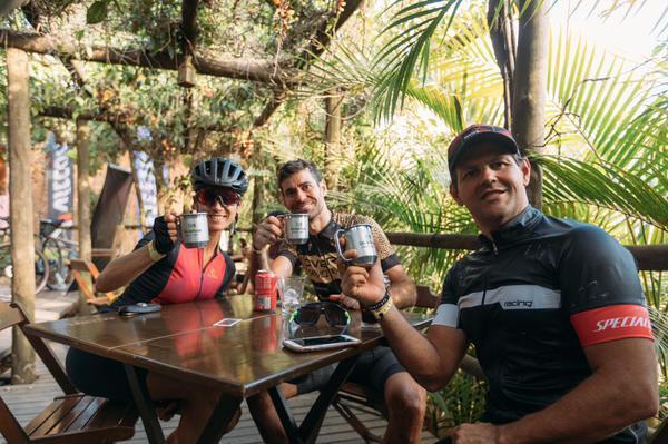 Celebração após a corrida (Ricardo Vilela / @rsvilela)