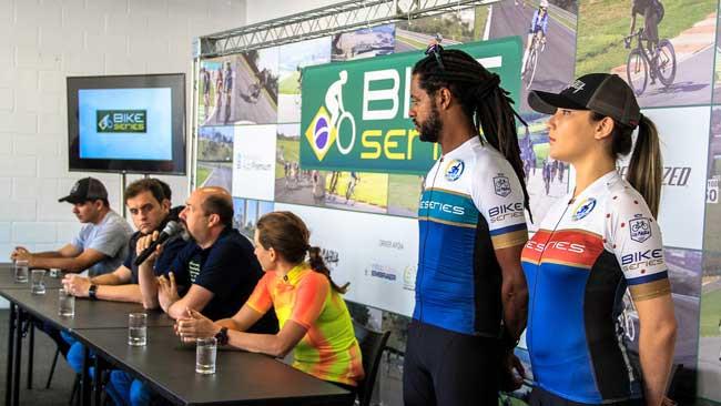 Novos uniformes / Sergio Borges - Bike Series