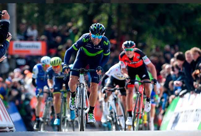 Valverde chendo no Huy / Divulgação Movistar
