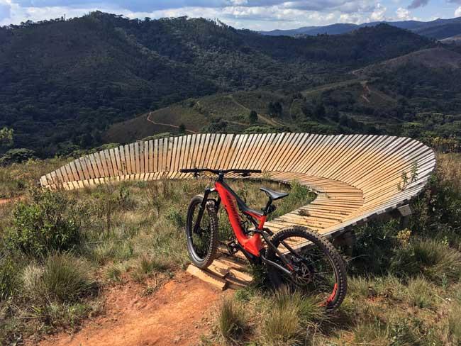 Turbo Levo Carbon no Zoom Bike Park / Márcio de Miranda - Planeta da Bike