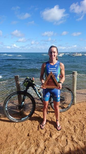 Sabrina Gobbo é campeã do XTerra Camp Praia do Forte, na Bahia