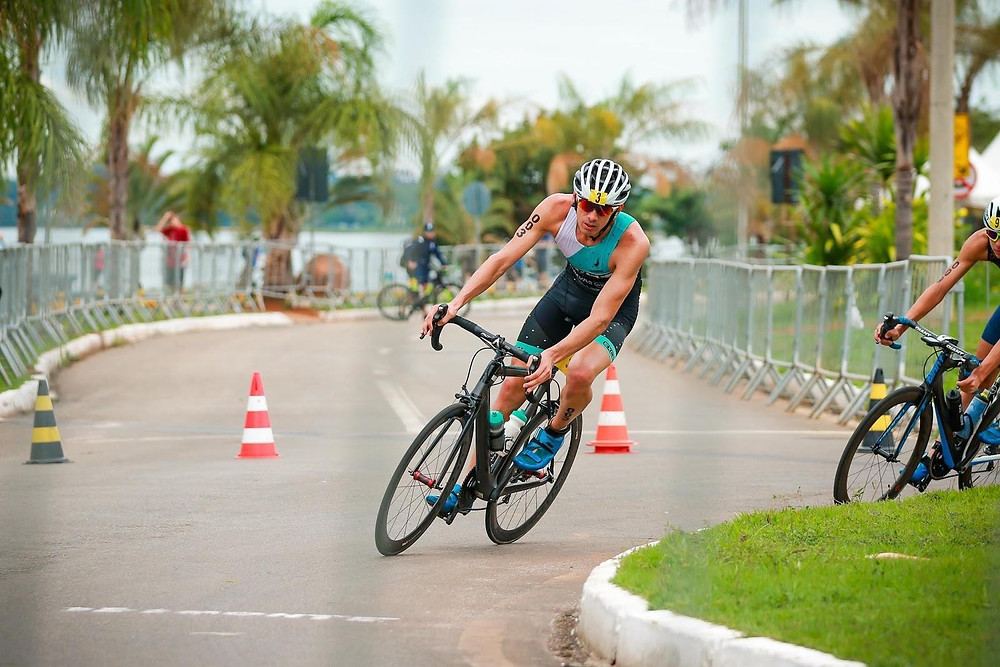 Sclebin durante um triatlo /Romulo Cruz