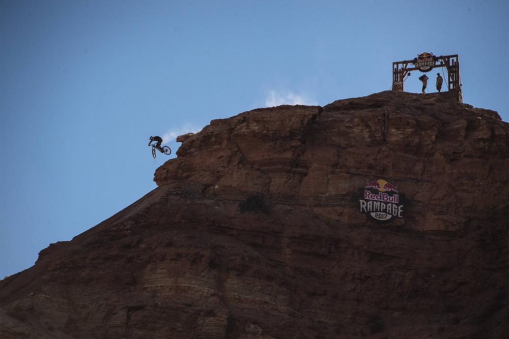 Thomas Genon no Red Bull Rampage em Utah, no ano passado _ Paris Gore - Red Bull Content Pool.jpg