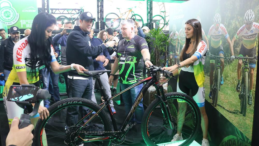 Lançamento da nova MTB da Oggi Bikes / Márcio de Miranda - Planeta da Bike