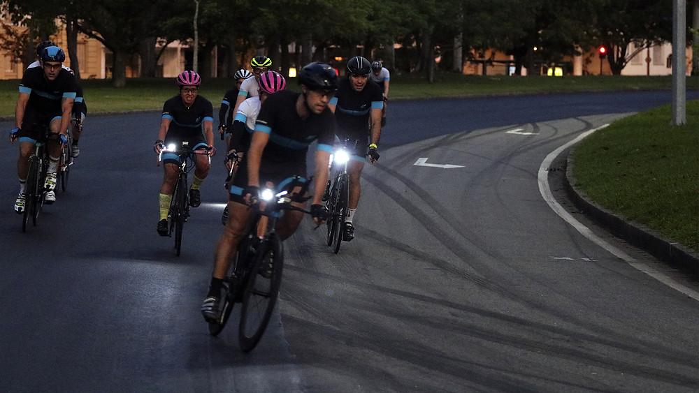Ciclistas treinando na APCC Aterro / Márcio de Miranda - Planeta da Bike