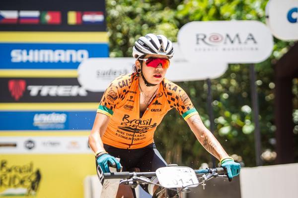 Raiza Goulão durante o XC (Fabio Piva _ Brasil Ride)
