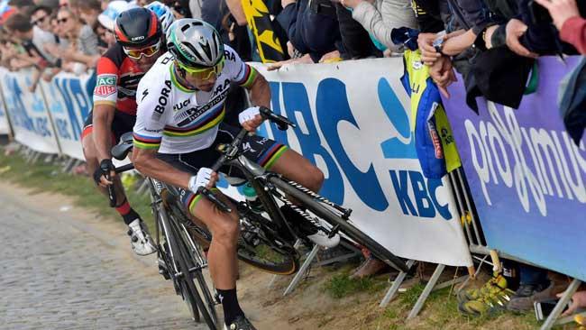Peter Sagan se acidenta e dá adeus ao bi do Tour de Flanders