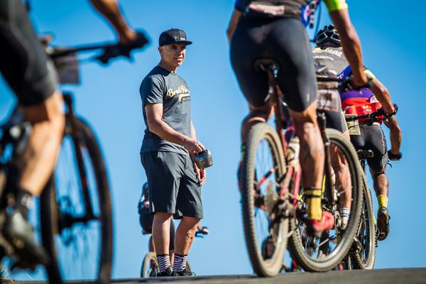 Brasil Ride lança desafios 'Hero' e 'Super Hero' para incentivar atletas a seguirem