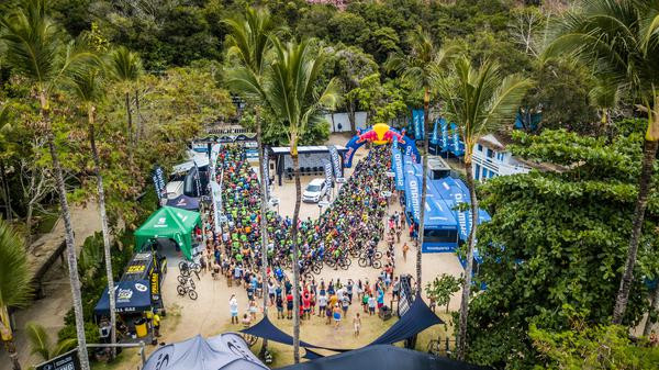 Preparação para a largada última etapa (Fabio Piva / Brasil Ride)