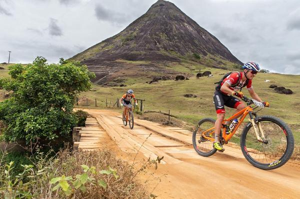 Sebastian Fini (dir) e Martins Blums (Marceo Rypl / Brasil Ride)