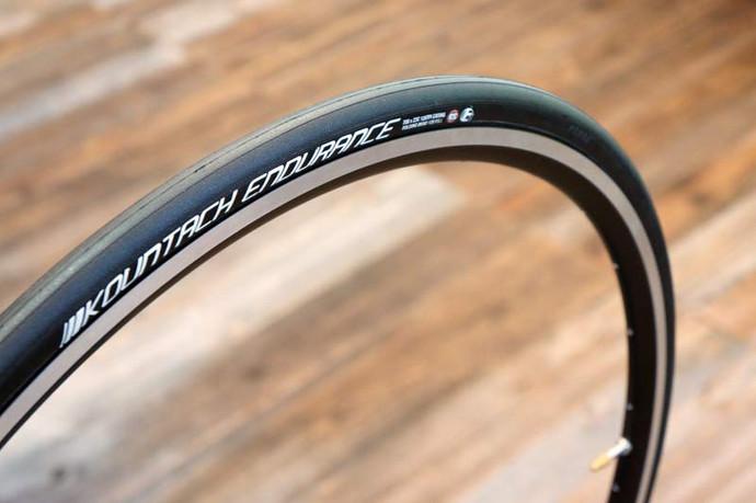 Bike de estrada: amador ou profissional, conheça o melhor pneu para seu perfil de pedalada