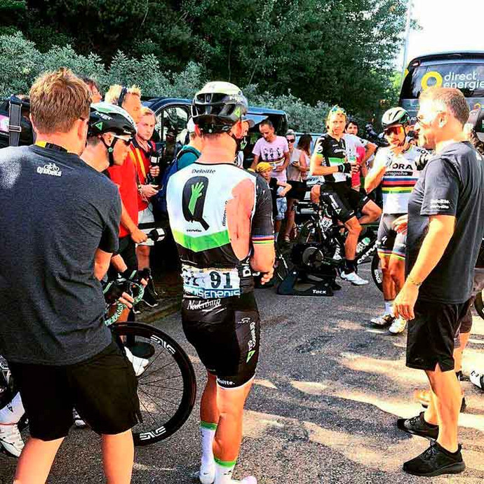 Mark Cavendish fratura ombro direito e abandona o Tour de France
