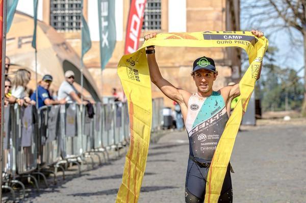 Rafael Juriti é campeão do XTerra Ouro Preto na elite masculina