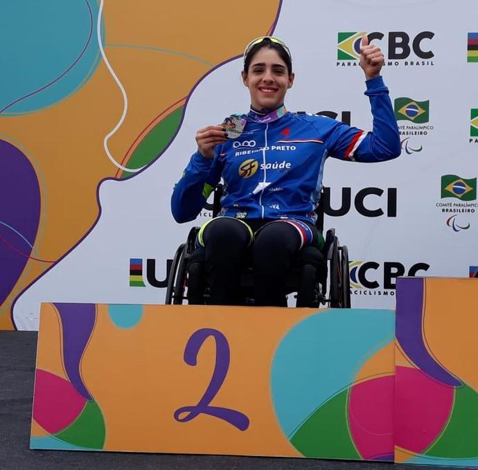 Mariana Garcia conquista duas medalhas de prata no Campeonato Pan-Americano de Paraciclismo