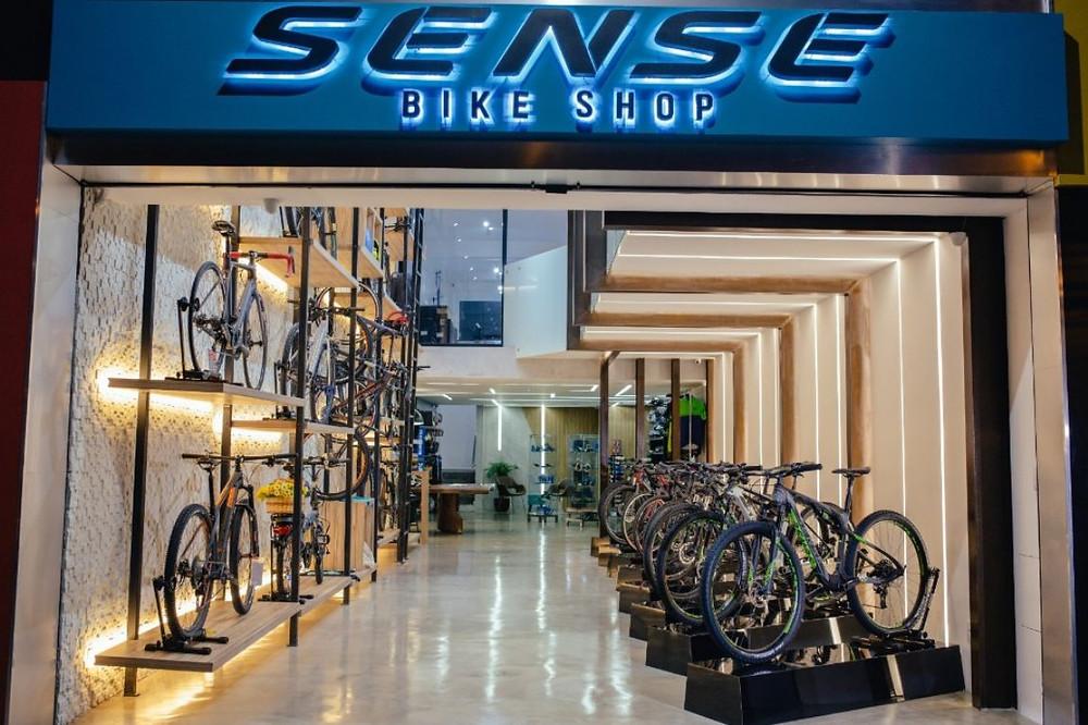 Fachada da nova loja / Bruno Senna