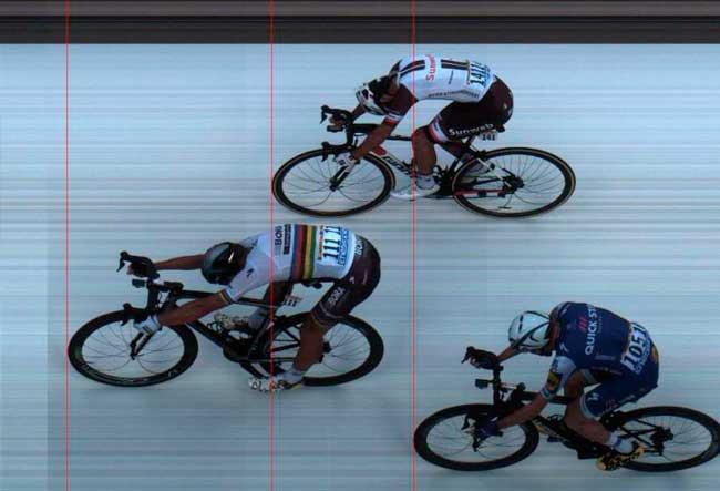 Peter Sagan vence a terceira etapa do Tour de France