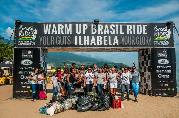 Mutirão coletou 100 kg de lixo  (Ney Evangelista / Brasil Ride)