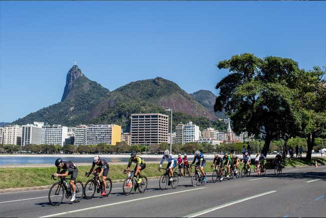 Pelote na Enseada de Botafogo -_- Miriam Jeske
