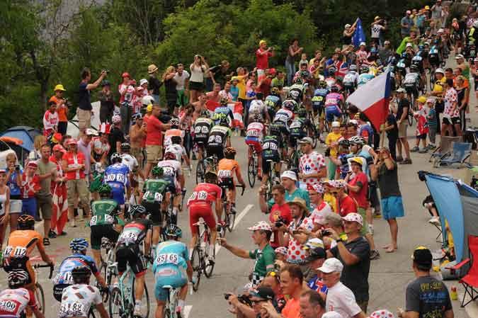 Pelotão no Tour de France do ano passado / Divulgação A.S.O