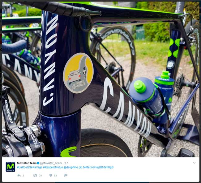 Bike adesivada / Reprodução Twitter