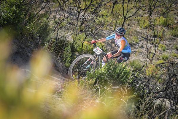 Raiza e Margot completam em quarto lugar o contra-relógio e conquistam sua melhor colocação na Cape