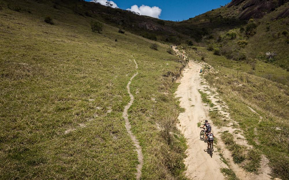 Parte da subida do desafio / Fábio Piva - Brasil Ride